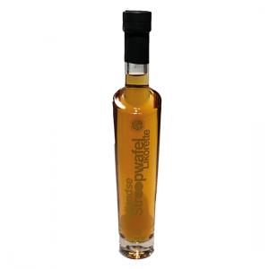 De stroopwafellikeur wordt veel gebruikt bij bereiding van desserts en bij- of door de koffie. Het geheel van strak vormgegeven fles plus luxe etiket maken dit tot een perfect geschenk.