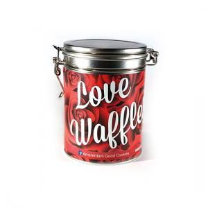 Stroopwafelblik - Love Waffles Een prachtig stroopwafelblik gevuld met heerlijk authentiek gebakken stroopwafels. Het ultieme cadeau van Amsterdam! Good Cookies is nu verkrijgbaar voor iedereen